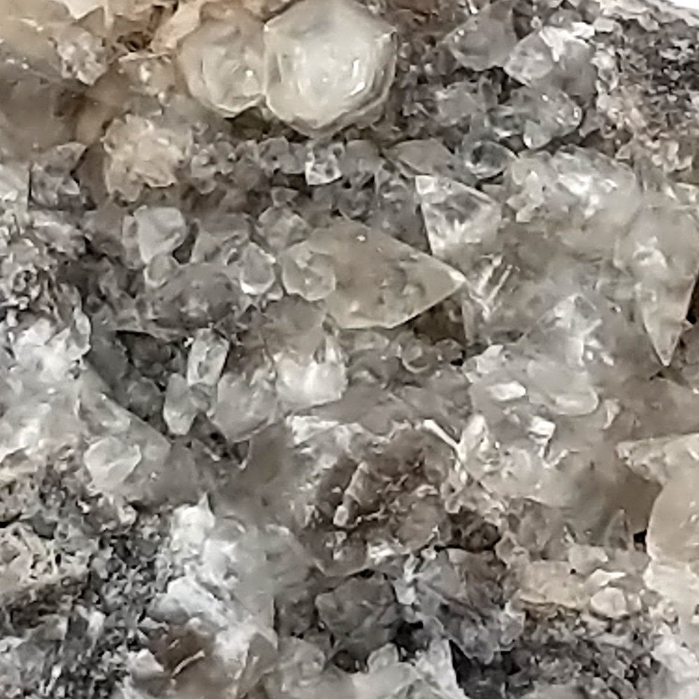 CRY102-calcite-cluster-2